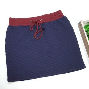 Seventeen Blue and Deep Red Quilted Texture skirt